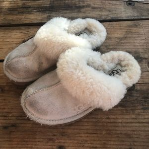 Ugg 11 Girls Sand Cozy Slipper Scuff Shoes